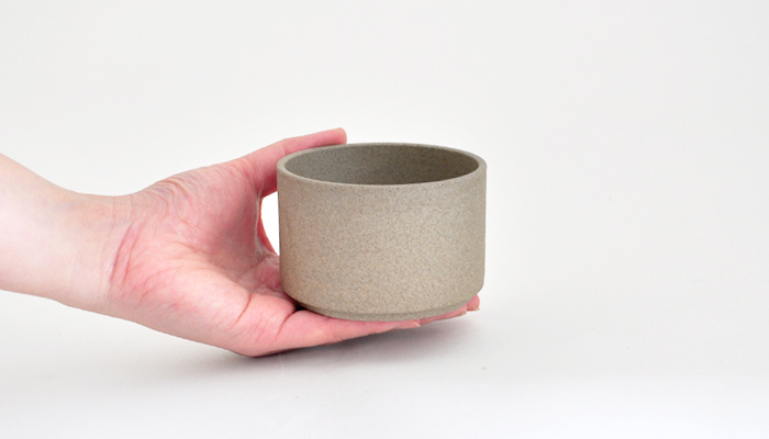 ハサミポーセリンのカップ